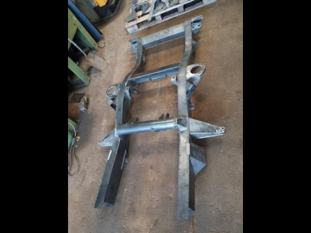 DISCOVERY 2 REAR CHASSIS INC REAR ARM MOUNTS 2200mm LONG (Product No: 257)