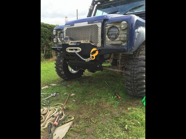 DEFENDER STEALTH WINCH BUMPER (Product No: 76)